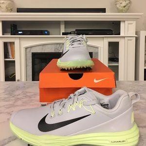 🆕 Woman's Nike Golf Lunar Command 2